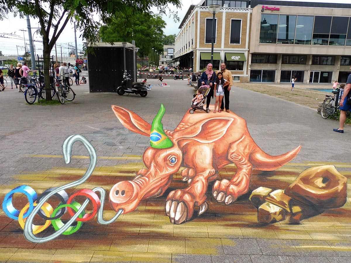 3d-streetpainting-3d-worldstreetpainting-festival-arnhem-olympic-aardvark-by-remko-van-schaik-3