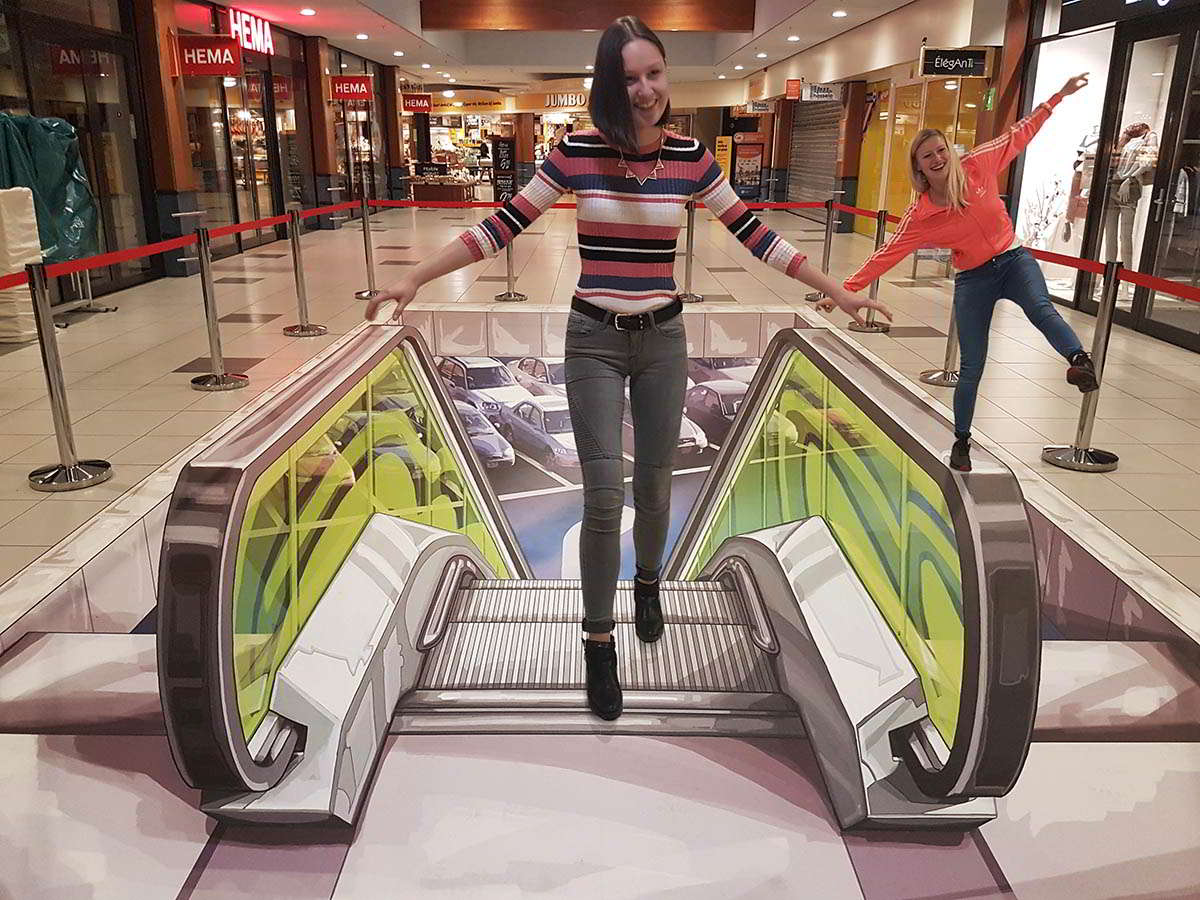 3D Streetpainting  Shoppingcenter Hasselo, Hengelo, the Netherlands.