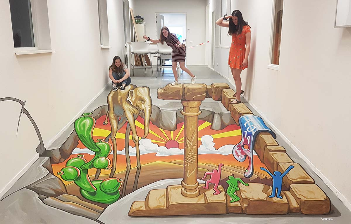 3D Streetpaintings at Udens College, Netherlands